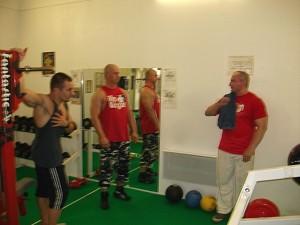Discussion sérieuse sur l'entraînement de musculation avec Yves Gasser