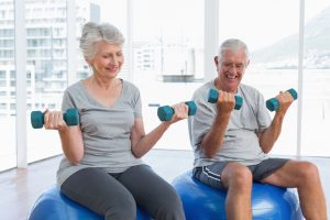 personnes âgées et musculation