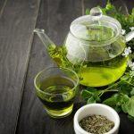 Le thé vert aurait de meilleurs effets sur un estomac vide
