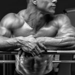 Un temps de repos de 2 ou 5 minutes entre les sets ? Quelle différence sur la croissance musculaire ?